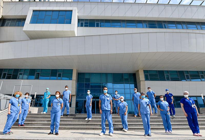 Братская помощь со стороны клиники «Аджибадем» по борьбе с Covid-19 в Баку