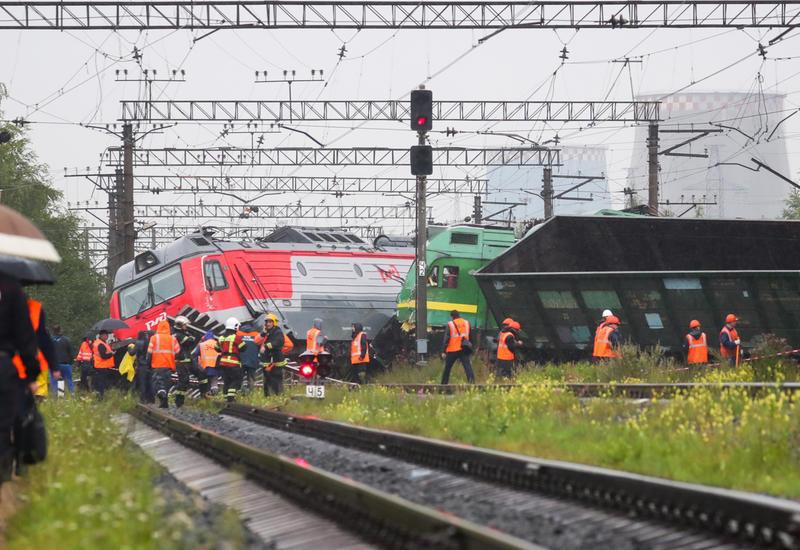 В России столкнулись два электровоза