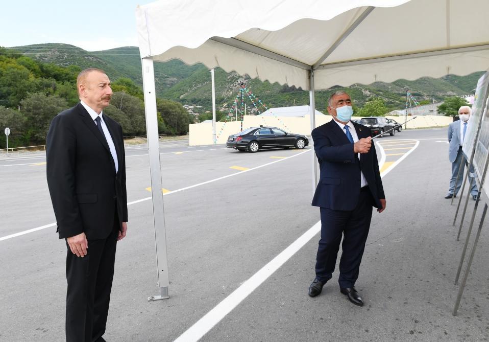 Президент Ильхам Алиев принял участие в открытии дороги Гохмуг-Балталы-Бабаратма-Гарадаглы-Гудула-Дашуз после реконструкции