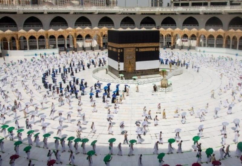 Внесены изменения в закон об организации паломнических поездок к святыням за рубежом