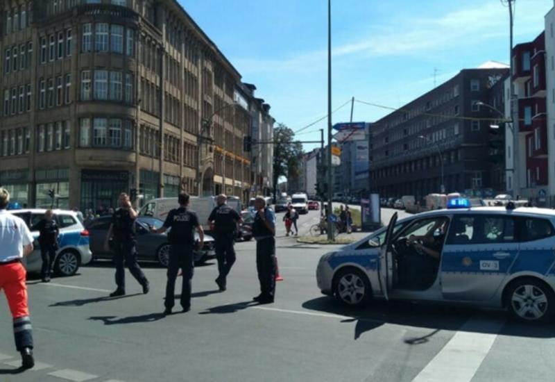 Восемь человек пострадали во время разбойного нападения в Берлине