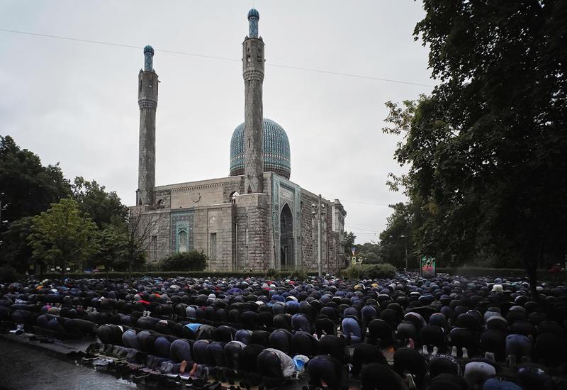 Мусульмане России отмечают праздник Гурбан