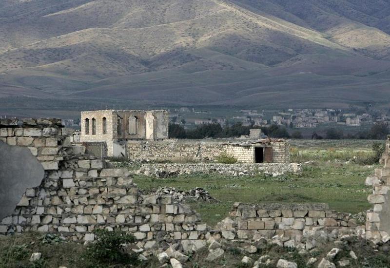 В переговорах по Карабаху должны появиться конкретные шаги и предложения