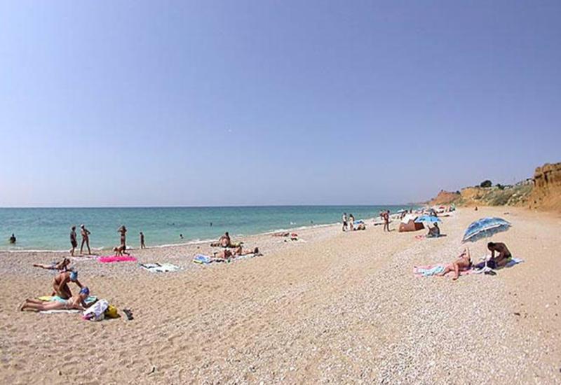 ИВ Баку о том, кто будет очищать пляжи от бытовых отходов