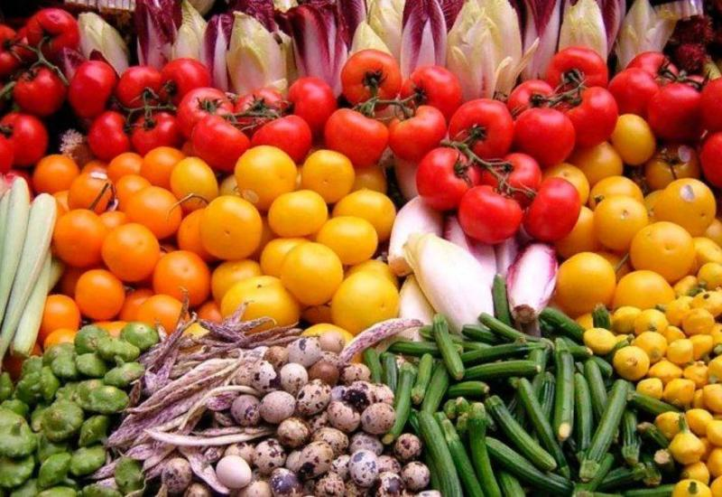 Азербайджан заработал сотни миллионов долларов на экспорте фруктов и овощей