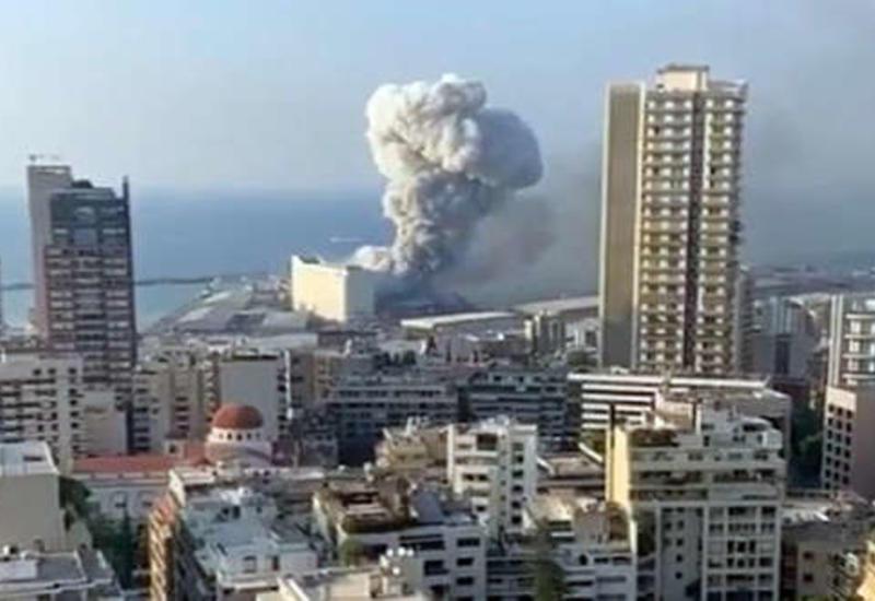 Круизный лайнер Orient Queen затонул в порту Бейрута после взрыва