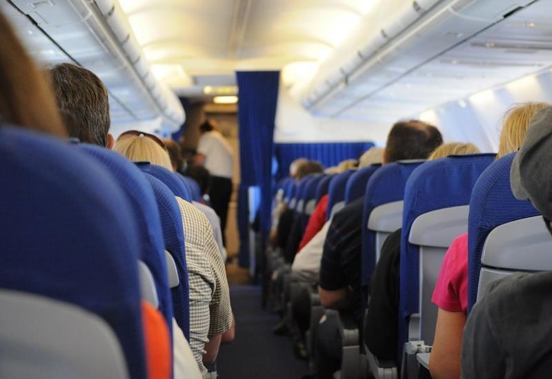 Эксперт рассказал, как защитить себя от вирусов и бактерий на вокзалах и в аэропортах