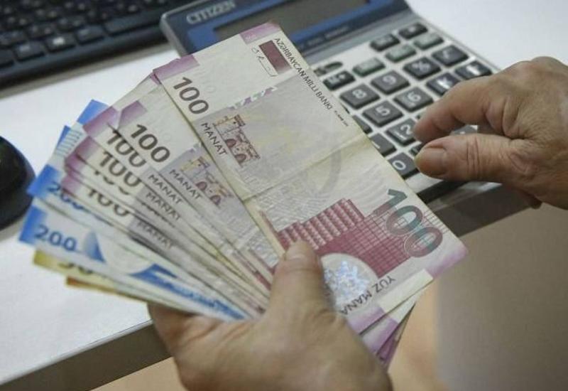 Минфин Азербайджана ответил на слухи о снижении зарплат военнослужащих