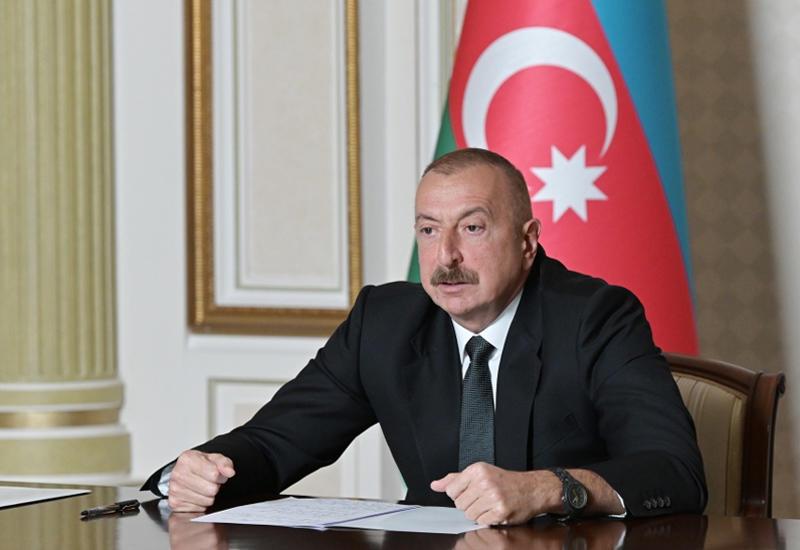 Президент Ильхам Алиев: Даже если цена на нефть будет находиться на уровне 35 долларов, Азербайджан выполнит все свои социальные обязательства
