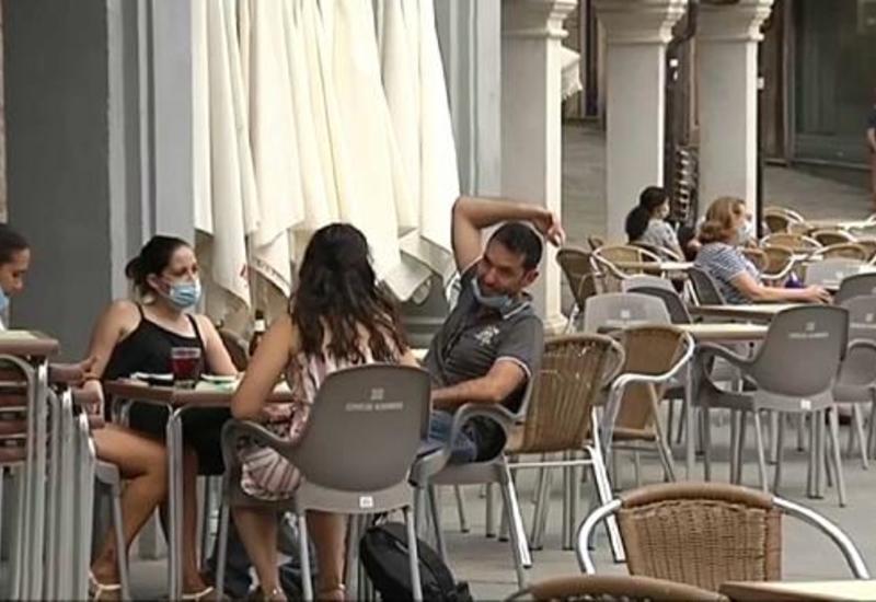 В Испании снова закрывают города