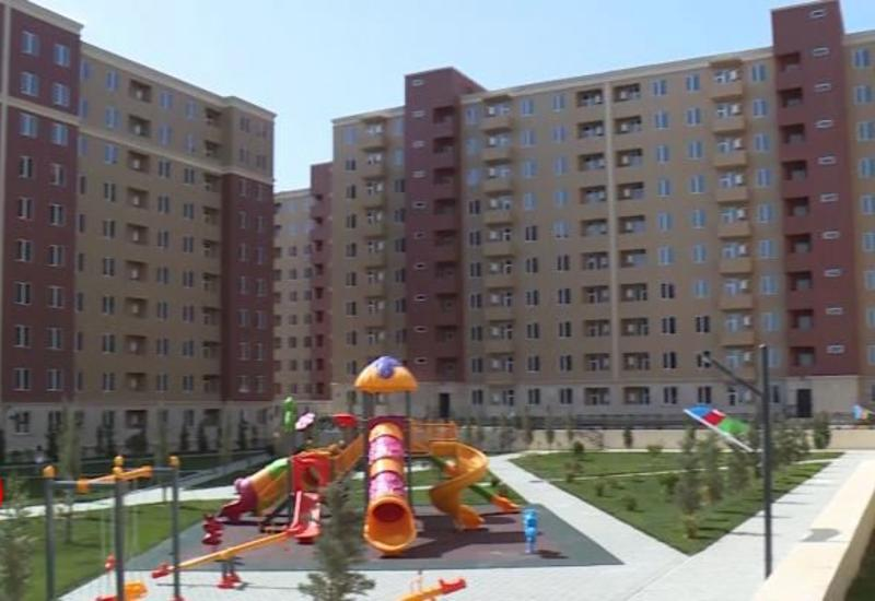 В Азербайджане завершается заселение вынужденных переселенцев в новый жилищный комплекс