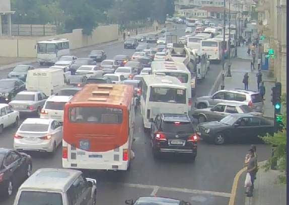 БТА о плотности движения в Баку