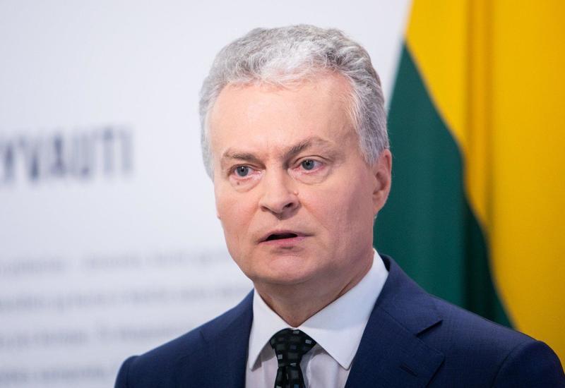 Президент Литвы вышел из коронавирусной самоизоляции