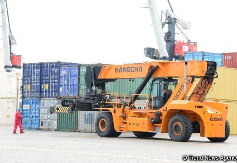 В Азербайджане сократился экспорт ненефтяной продукции