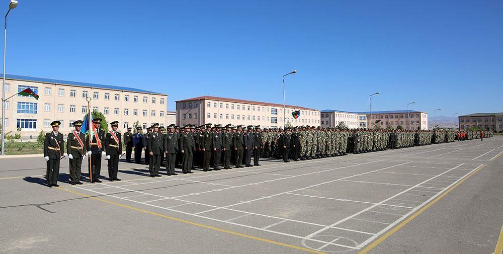 В войсках Нахчыванского гарнизона состоялась церемония принятия военной присяги