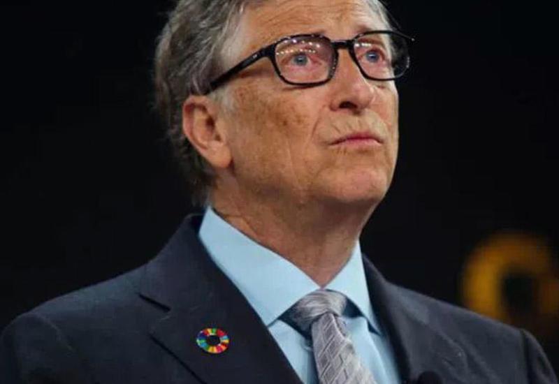 """Билл Гейтс спрогнозировал сроки возвращения мира к """"нормальной жизни"""""""
