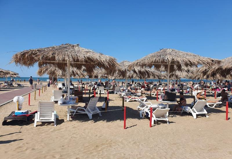 В Баку разрешили купаться на этих пляжах