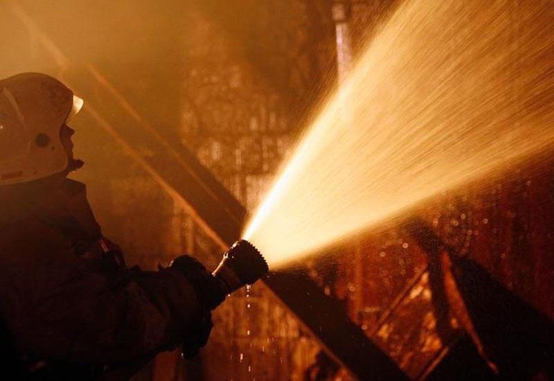 В жилом здании произошел пожар
