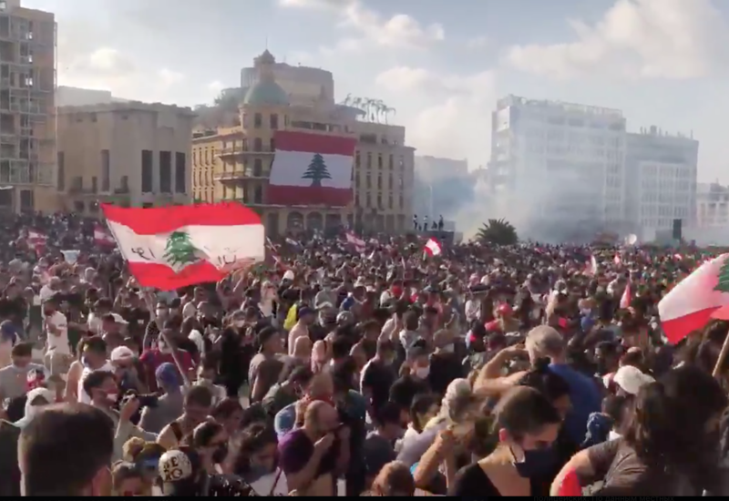 Беспорядки в Бейруте: министры уходят в отставку