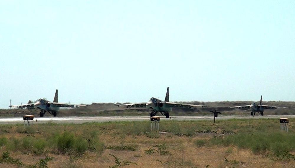 Истребители ВВС Азербайджана и Турции выполнили учебно-тренировочные полёты