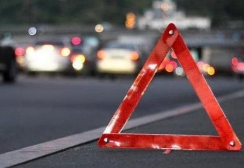 В Баку автомобиль насмерть сбил пожилого мужчину