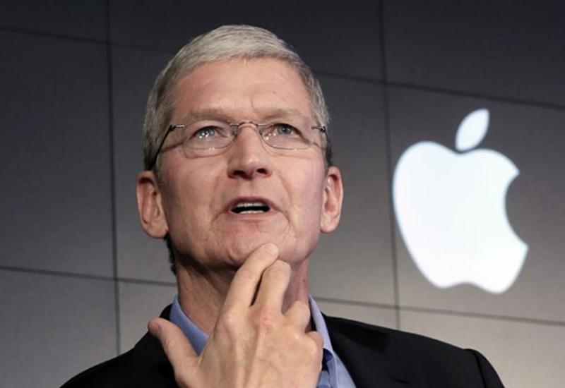 Глава Apple стал миллиардером