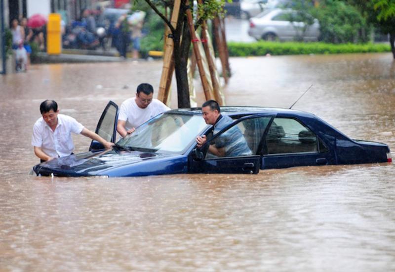 В Китае из-за ливней погибли шесть человек