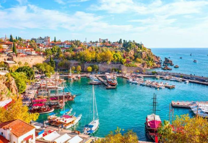 Турция потребовала от авиаперевозчиков ввести ограничения для туристов