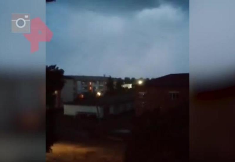 Смерч сорвал крышу пятиэтажки в России