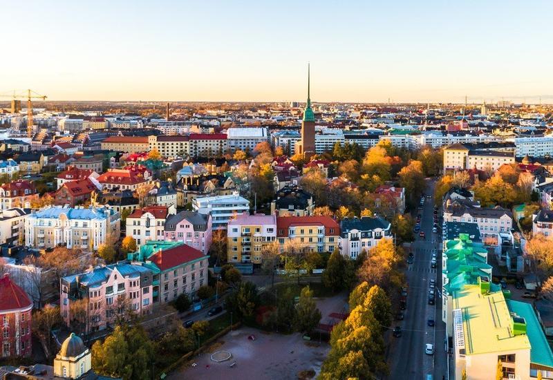 В Финляндии рекомендовали носить маски в общественном транспорте