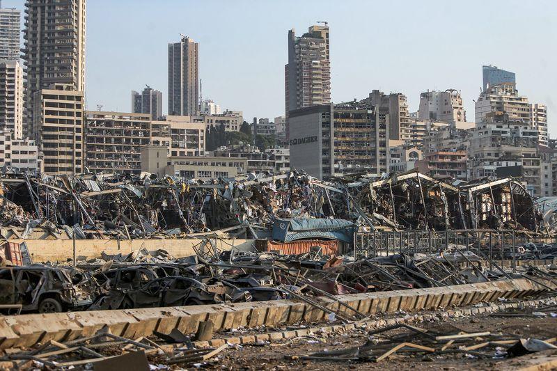 В Бейруте могут обрушиться десятки уникальных исторических зданий