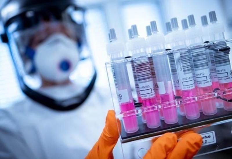 ЕК заключила первый договор о закупке 300 млн доз COVID-вакцины