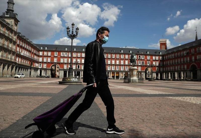 В Испании закрыли дискотеки и запретили курение на улице