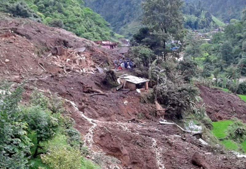 Жертвами оползней в Непале стали 16 человек