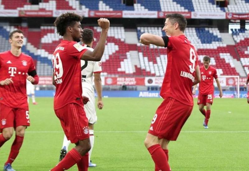 "Лига Чемпионов: ""Бавария"" разгромила ""Барселону"" со счетом 8:2"