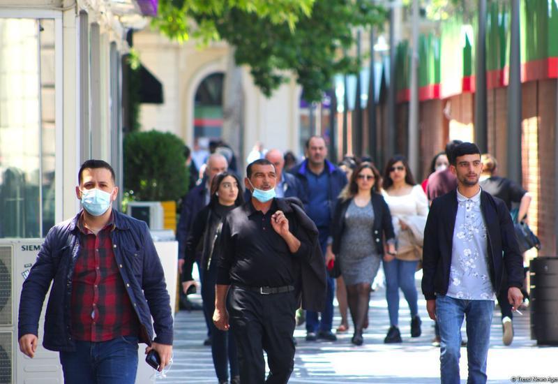 В Азербайджане выявлено еще 885 случаев заражения коронавирусом