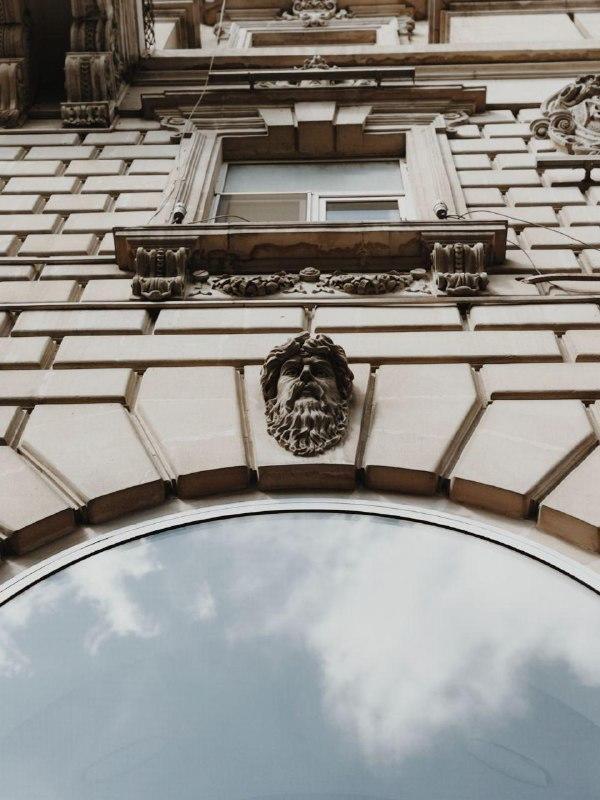 Маскароны Баку - Что это такое и где их смотреть