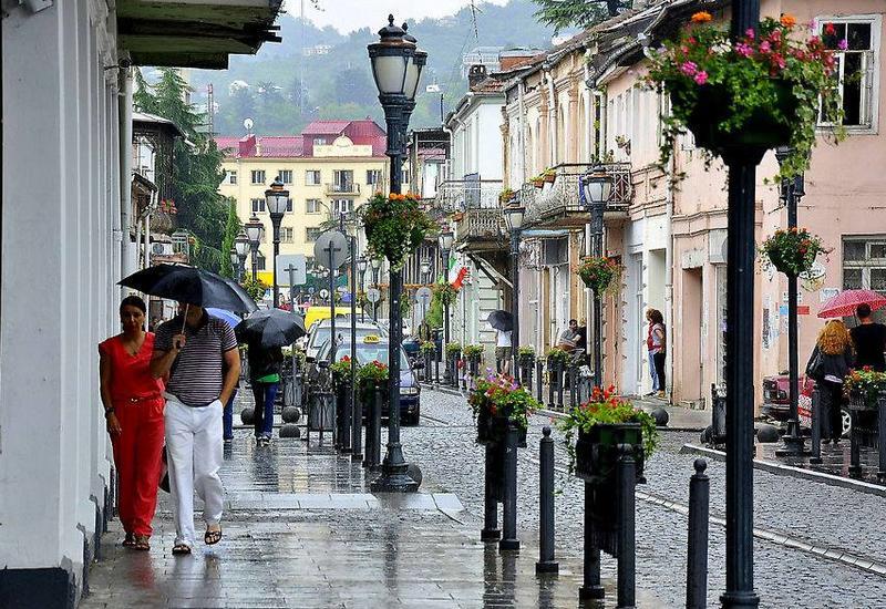 Из-за проливных дождей в Батуми подтопило несколько улиц