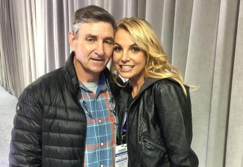 Бритни Спирс проиграла в суде: отец останется ее опекуном