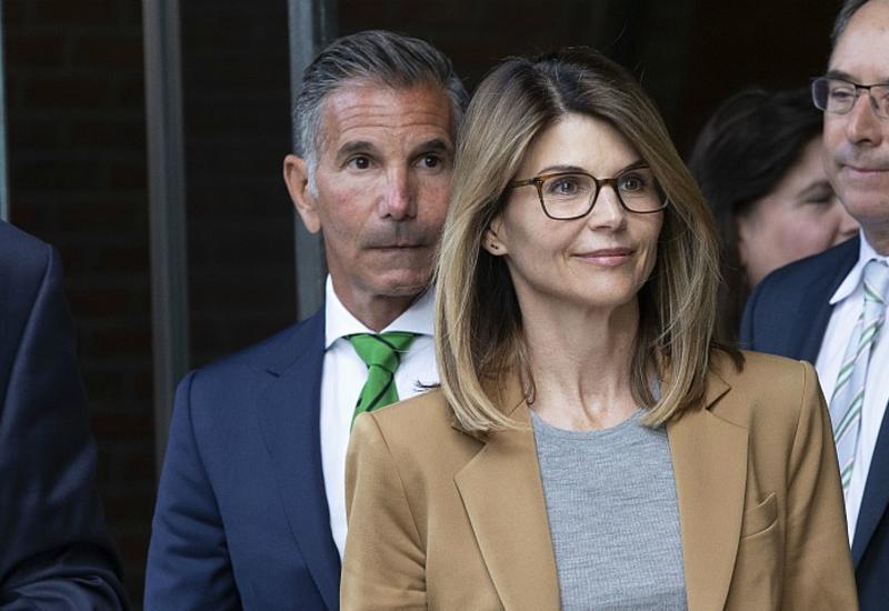 Американская актриса получила тюремный срок за подкуп университета