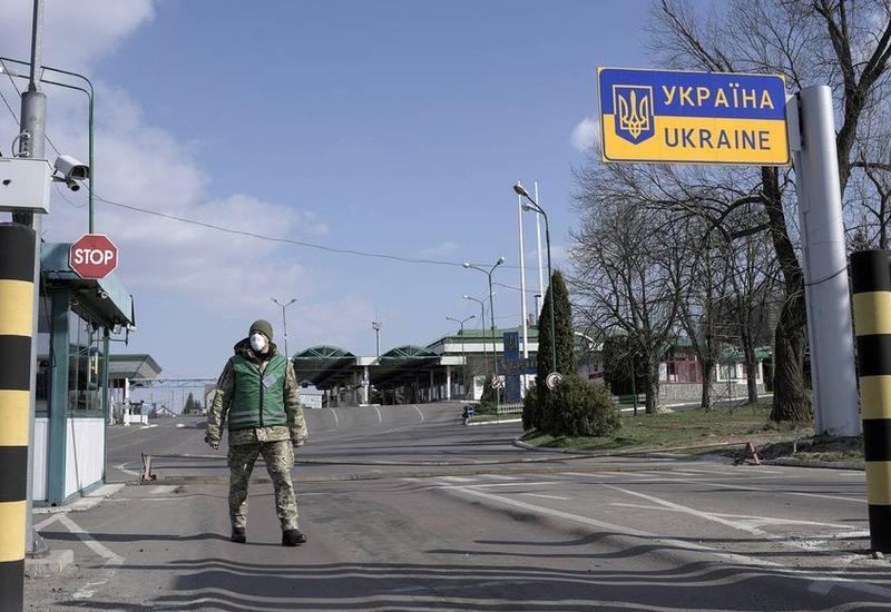Украина намерена закрыть границу для иностранцев
