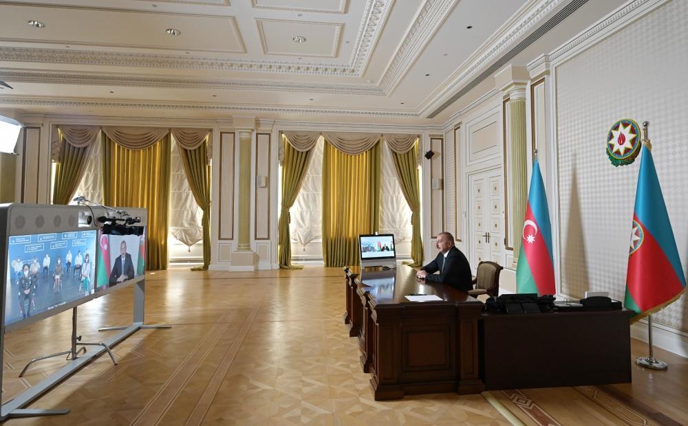 Президент Ильхам Алиев принял участие в видеоформате в открытии очередного госпиталя модульного типа для лечения больных коронавирусом
