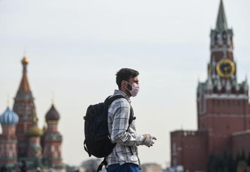 Инфекционист спрогнозировал ослабление коронавируса в России осенью