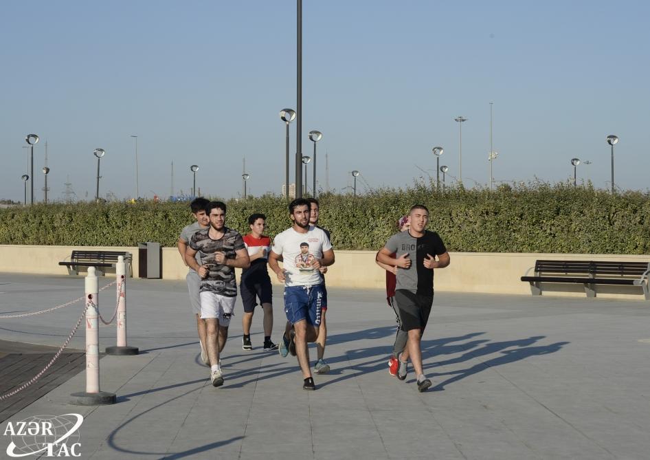 Новое место для отдыха в Баку - Бульвар у озера Беюкшор