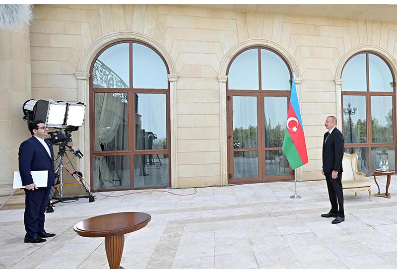 Президент Ильхам Алиев принял верительные грамоты новоназначенного посла Ирана в Азербайджане