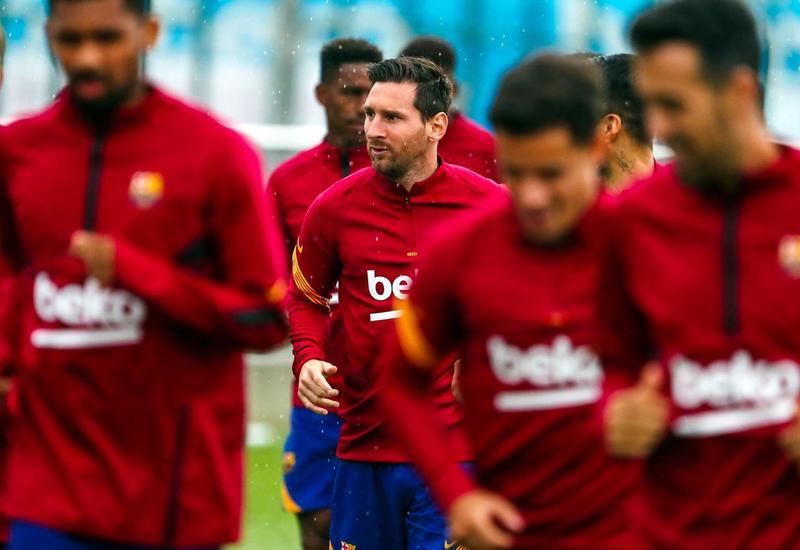 «Барселона» показала фото Месси с первой тренировки в общей группе