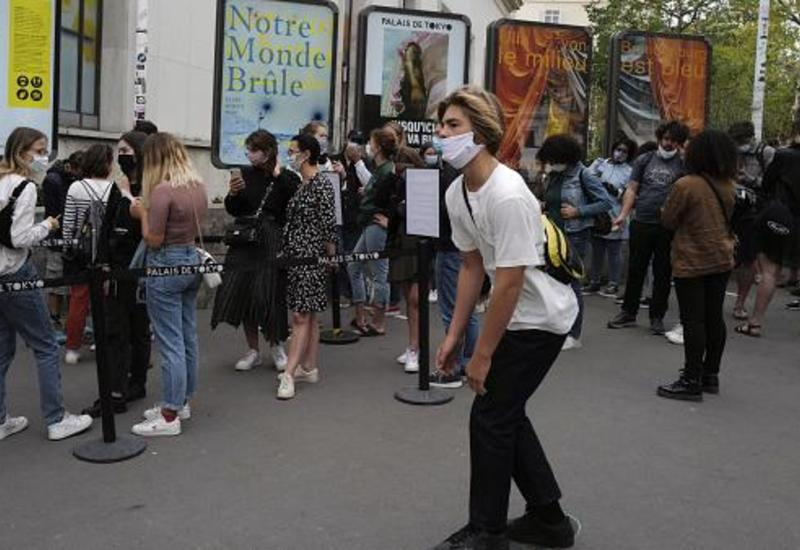 Во Франции резко ухудшилась ситуация с коронавирусом