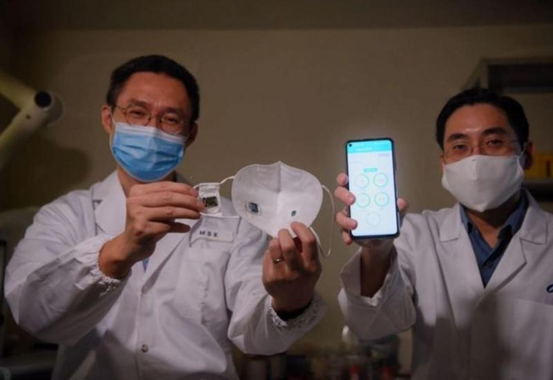 """В Сингапуре создали """"умную"""" маску с отслеживанием симптомов COVID-19"""