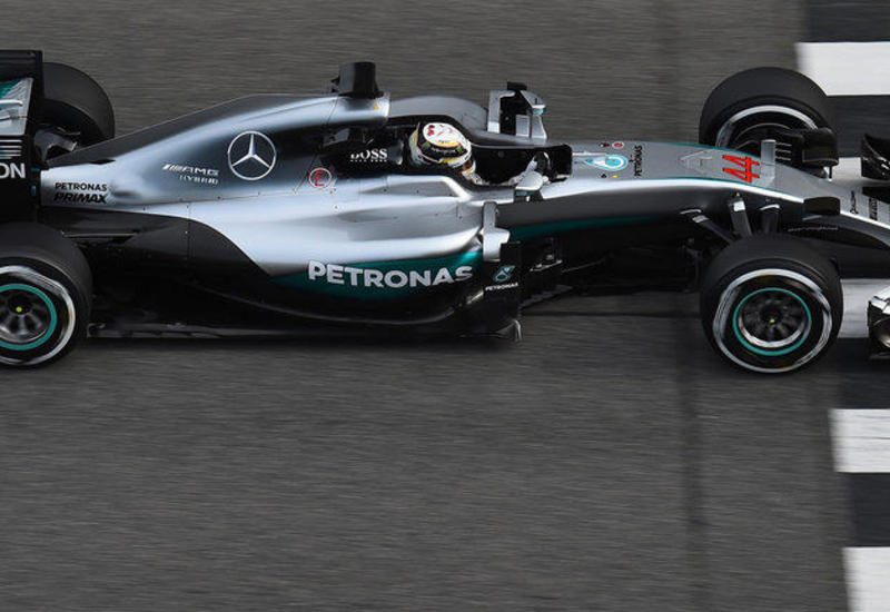 """Пилот """"Мерседеса"""" Хэмилтон выиграл квалификацию Гран-при Тосканы """"Формулы-1"""""""