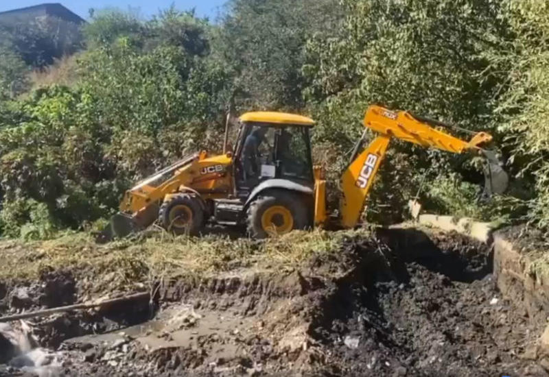 Родственник Пашиняна намеренно перекрыл реку, идущую в Азербайджан